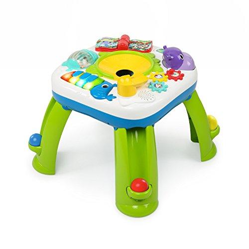 Mesa de juego con rampa de bolas, luces y música.