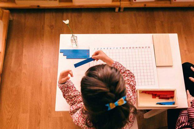 aprendiendo con el metodo montessori