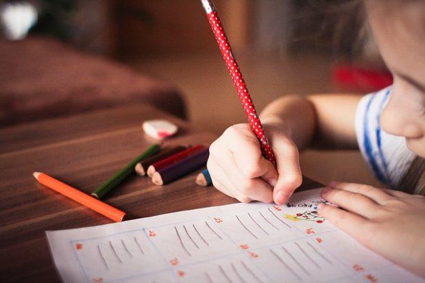juego educativo de escritura