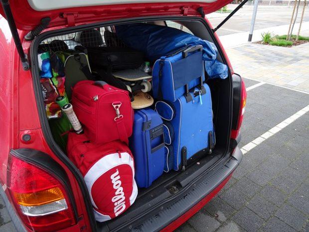 equipaje y coche