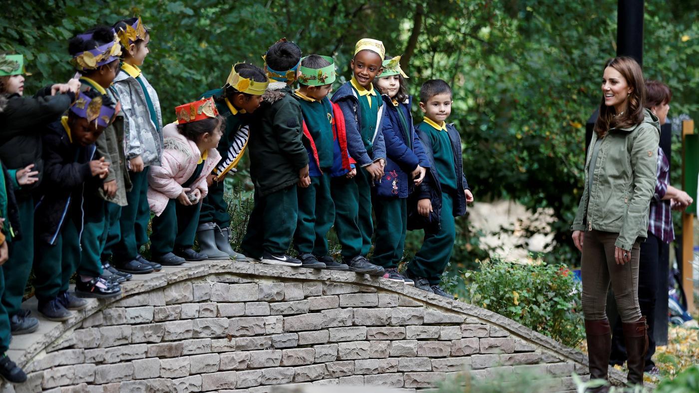 La difusión de preescolares al aire libre plantea preguntas sobre el propósito de la educación.